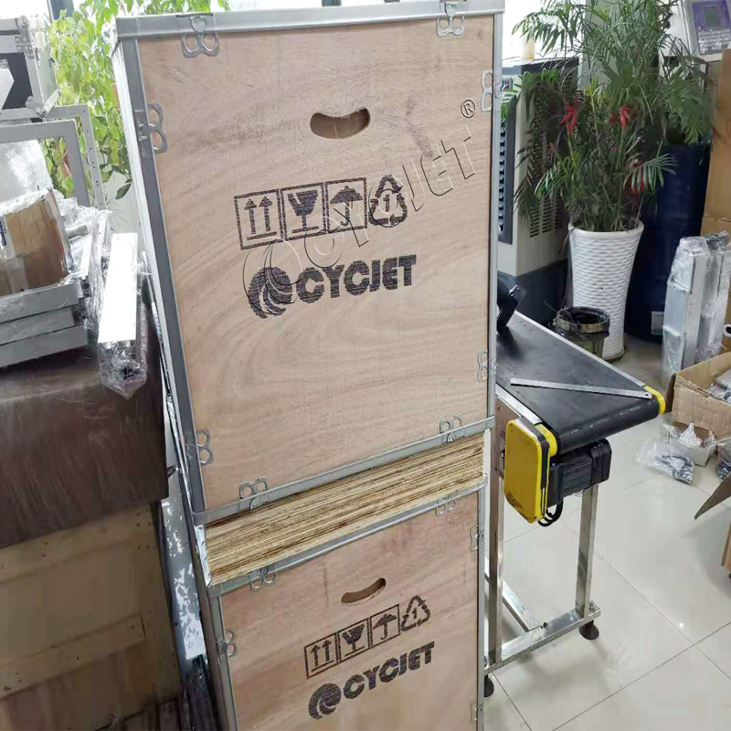 How to Print Shipping Mark on Wooden Case by CYCJET DOD Large Character Handheld Inkjet Printer